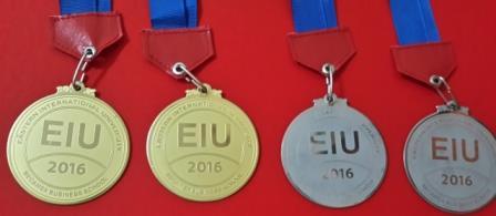 Sản xuất huy chương kim loại giá rẻ
