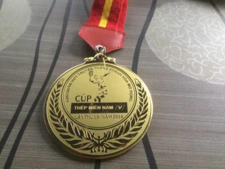 Sản xuất huy chương kim loại cho Công ty Thép Miền Nam Sài Gòn